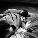 Consecuencias de dormir mucho para evitar la ansiedad